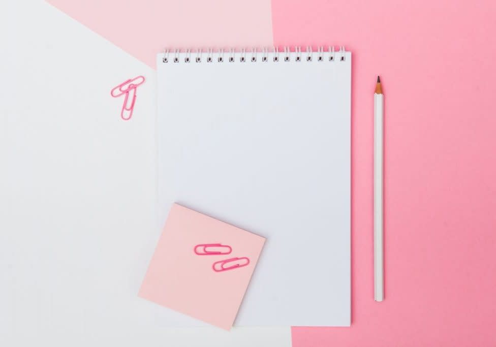 pink-women-copy-space-pencil-writing-notebook-notes-desktop-lay-flat-to-do-list_t20_8lJA6z
